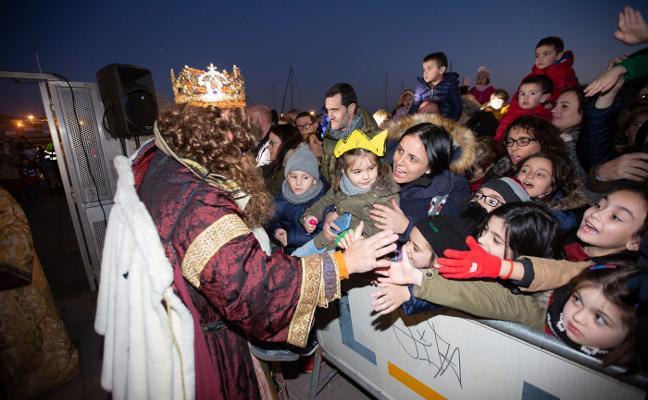 Los Reyes Magos se solidarizan con Alcoa