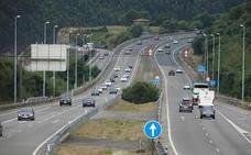 Oviedo, Gijón y Avilés ven necesario reducir los viajes en coche y potenciar el transporte público