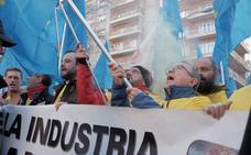 Industria advierte de que si Alcoa mantiene el «bloqueo» será responsable de la pérdida de empleos