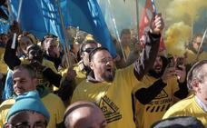 La plantilla de Alcoa pide en Madrid la intervención directa del Gobierno