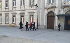 Detenidos ocho militantes de Arran cuando pretendían llevar a cabo una protesta frente al Supremo