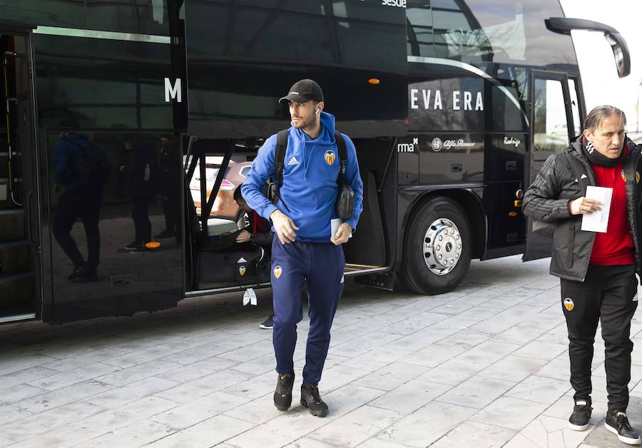 El Valencia llega a Gijón para el partido de Copa ante el Sporting