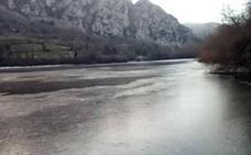 Se congela el pantano de Quirós