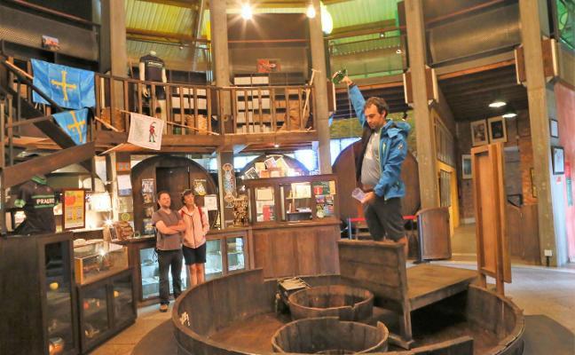 El Museo de la Sidra completará la reparación de la cubierta