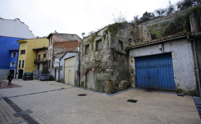 Un promotor reclama más de 830.000 euros a Ribadesella por un huerto
