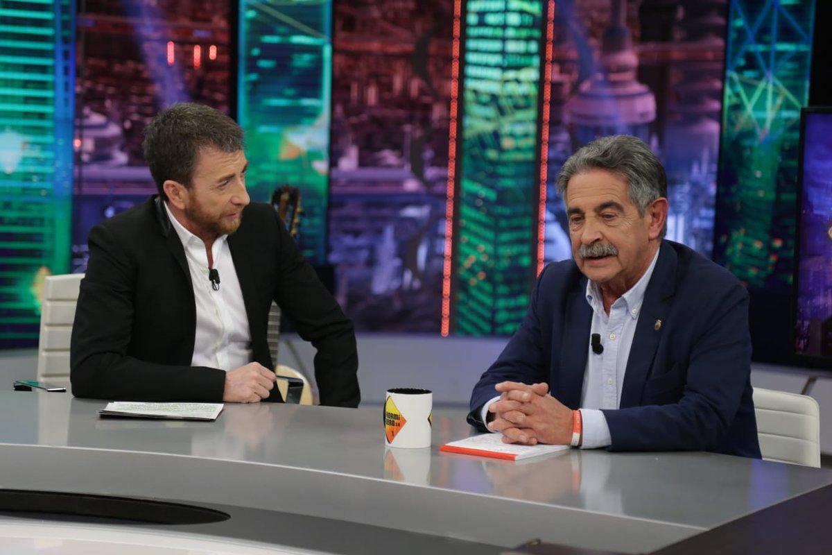 Miguel Ángel Revilla le hace 'la cobra' a Pablo Motos