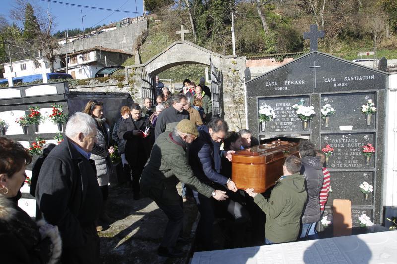 El hostelero Marcelo Conrado recibe sepultura en Tineo
