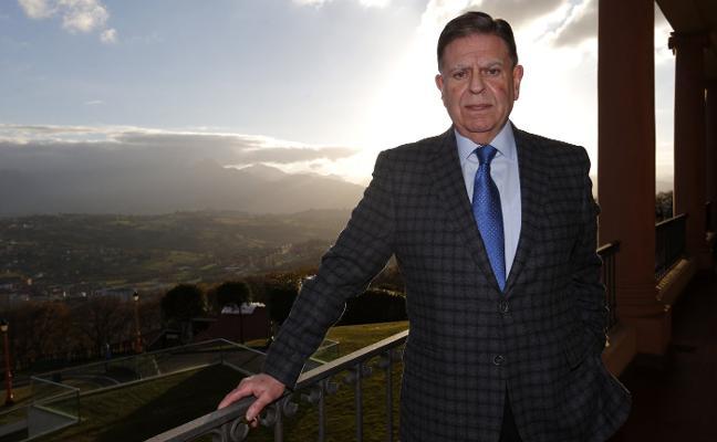 Alfredo Canteli: «La ciudad necesita un cambio, recuperar la ilusión; está abandonada»