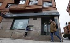 Un policía fuera de servicio detiene un atraco a una sucursal de Oviedo