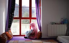 La familia saharaui de Caso tendrá agua caliente y calefacción