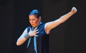 Sara Baras deslumbra a Gijón con 'Sombras'