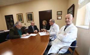Sanidad refuerza el convenio con el Hospital de Avilés