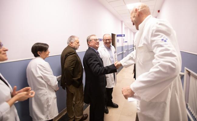 Sanidad refuerza el nuevo convenio con la Fundación Hospital de Avilés