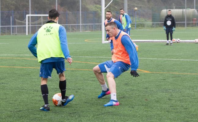 El Avilés espera encontrar el gol con la recuperación de Polo y la llegada de Xavi