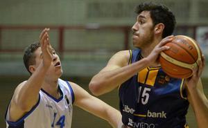 Derrota con polémica del Liberbank Oviedo en El Prat