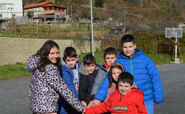 Cinco concejos asturianos, sin escuela rural