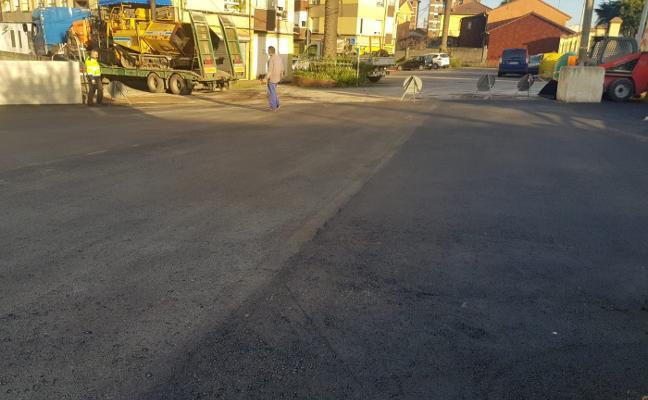 Trasona ganará este mes trece plazas de aparcamiento gratuito