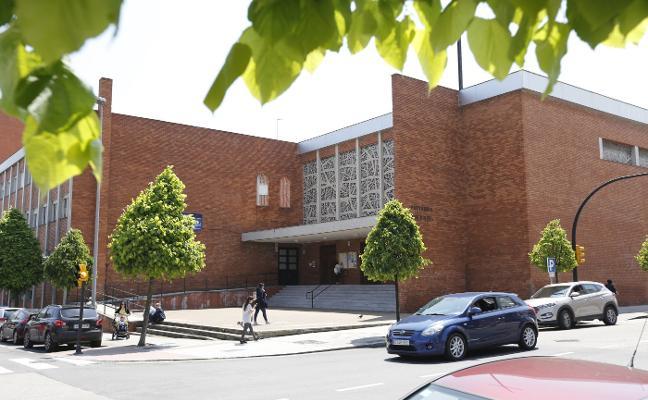 La sentencia que exculpa a la profesora del San Miguel de abusos a un alumno es firme