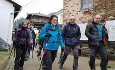 Los montañeros de Luarca realizan el Camino de Santiago Primitivo
