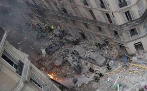 Se elevan a cuatro los fallecidos tras la explosión de París al encontrar a una persona bajo los escombros