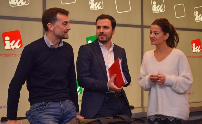 Garzón tomará el control de IU de Asturias si no sanciona a Llamazares por apoyar a Actúa