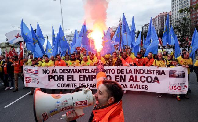 La plantilla de Alcoa encara sus 48 horas más críticas para salvar los empleos