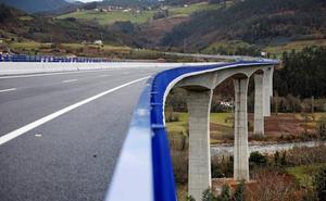 La A-63 y las obras para mejorar la seguridad en los túneles se llevan el gasto en Carreteras