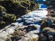 El Lago del Valle, en Somiedo, se congela