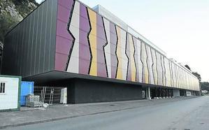 El Consistorio riosellano rechaza ubicar el museo del Sella en la plaza de abastos