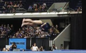 El ejercicio de 10 de la gimnasta Katelyn Ohashi que asombra al mundo