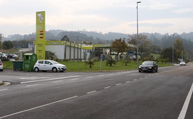 La juez da 15 días a la edil de Urbanismo para clausurar la gasolinera de Ullaga