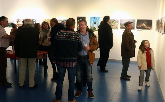 La Agrupación Semeya expone fotografías del patrimonio asturiano