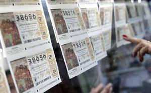 Tres detenidos por no abonar los décimos de Lotería que habían reservado en administraciones de Gijón