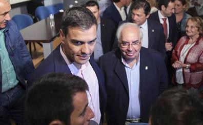 Pedro Sánchez: «Nos deja Vicente Álvarez Areces, un hombre comprometido con la libertad y la democracia»
