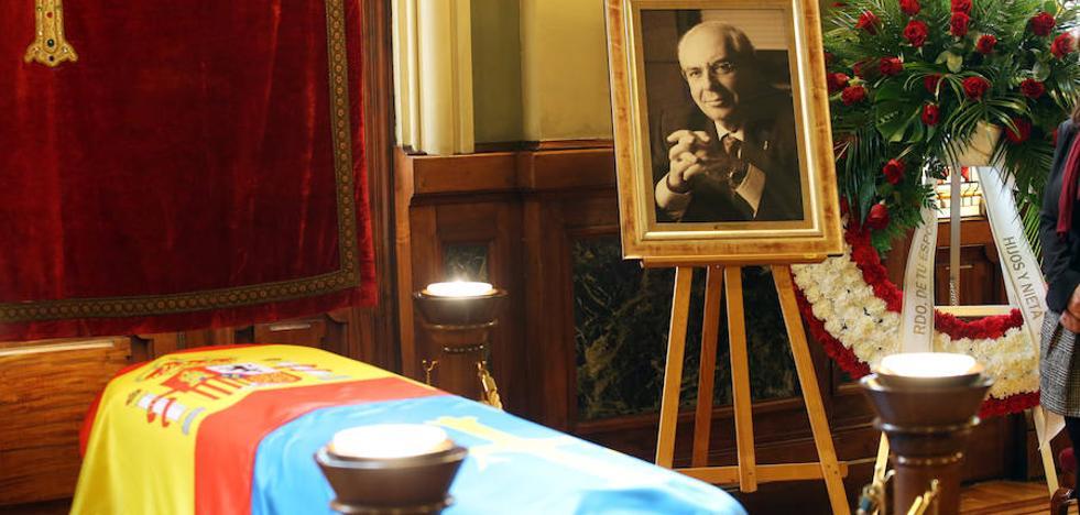 Fallece Tini Areces, un gigante de la política asturiana