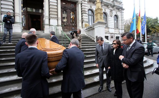 Adiós a Vicente Álvarez Areces, un político con «cabeza y coraje»