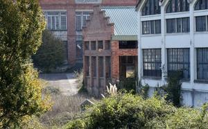 El Ayuntamiento de Oviedo prevé recalificar parte de los terrenos de La Vega como pago a Defensa