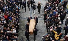 Gijón da el último adiós a Tini Areces
