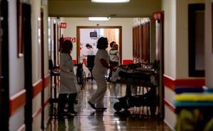 Firmas por la falta de enfermeras en el Área Sanitaria V
