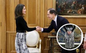 La falda de rebajas de Zara que cuesta trece euros y vistió la Reina Letizia