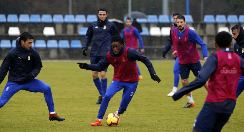 Entrenamiento del Real Oviedo (19/01/18)