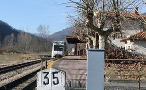 La línea de tren entre Baíña y Collanzo sufrió cuatro días de cortes esta semana