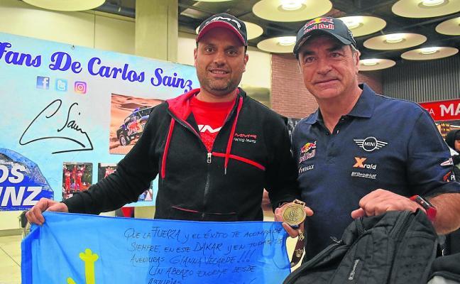 Javier Álvarez, primer asturiano en completar el Dakar: «Nunca me planteé tocar el botón de rescate»