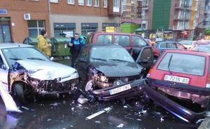 Un aparatoso choque en Villalegre obliga a cortar el tráfico