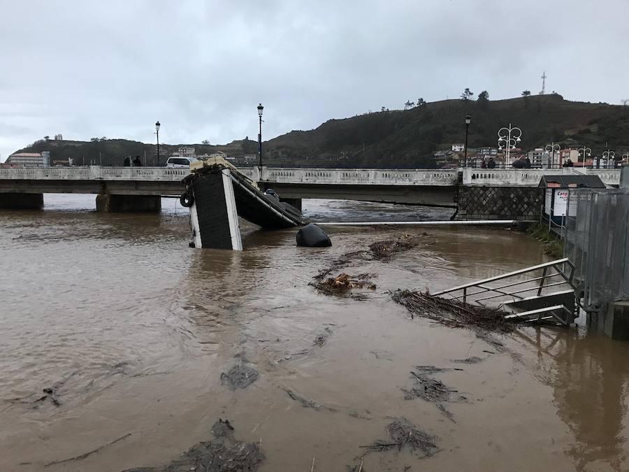 El Oriente de Asturias, uno de los puntos más castigados por las inundaciones