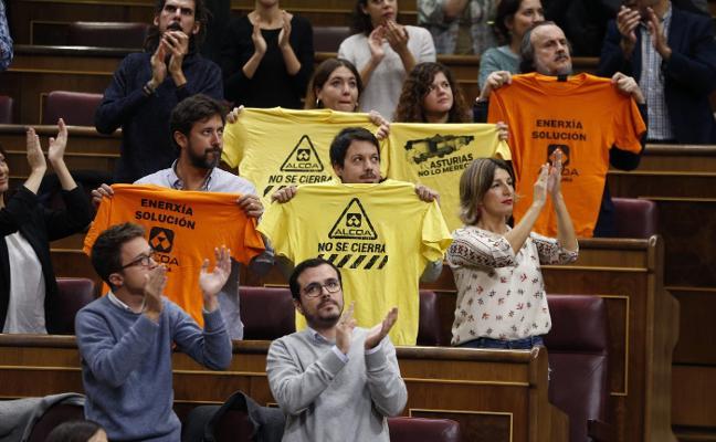 Podemos exige a Sánchez una partida para intervenir Alcoa si no llegan inversores