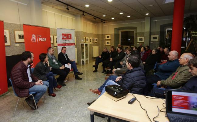 El PSOE presenta las cuentas en Infiesto