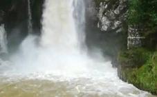 El 'chorrón' de Covadonga, como una catarata