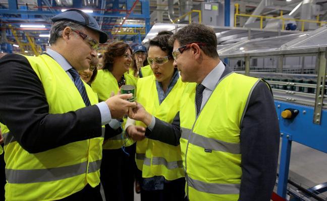 Arcelor mandará a casa a 200 operarios en febrero por la caída de pedidos de hojalata