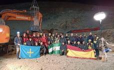 Los mineros asturianos tras el rescate de Julen: «Estamos bien, recuperándonos»
